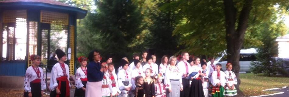 Капелан Вячеслав Бевз разом із СШ №286 відвідали поранених бійців АТО