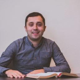 Перші кроки з Богом  Лідер Олег Гончар