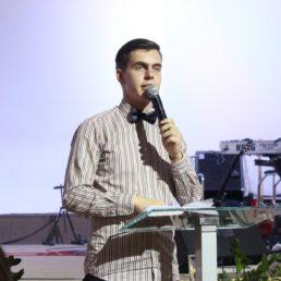 Молодіжна група  Андрія Шашлова